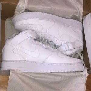 Nike air force 1 mid mens size 10.5 brand new